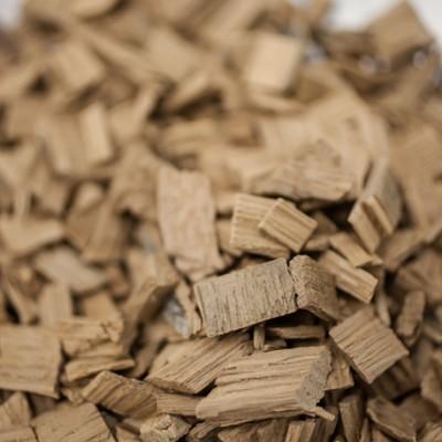 Chêne us - chauffe : légère - taille : moyenne - 25 kg - SA