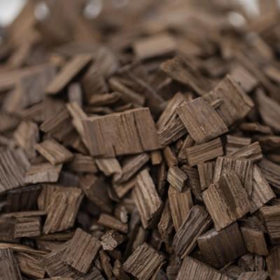 Chêne us - chauffe : forte - taille : moyenne - 18 kg - KA