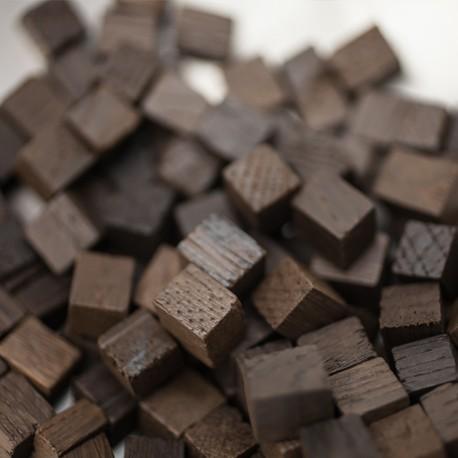 Chêne français - chauffe : forte - taille : cube  - 18 kg - KA